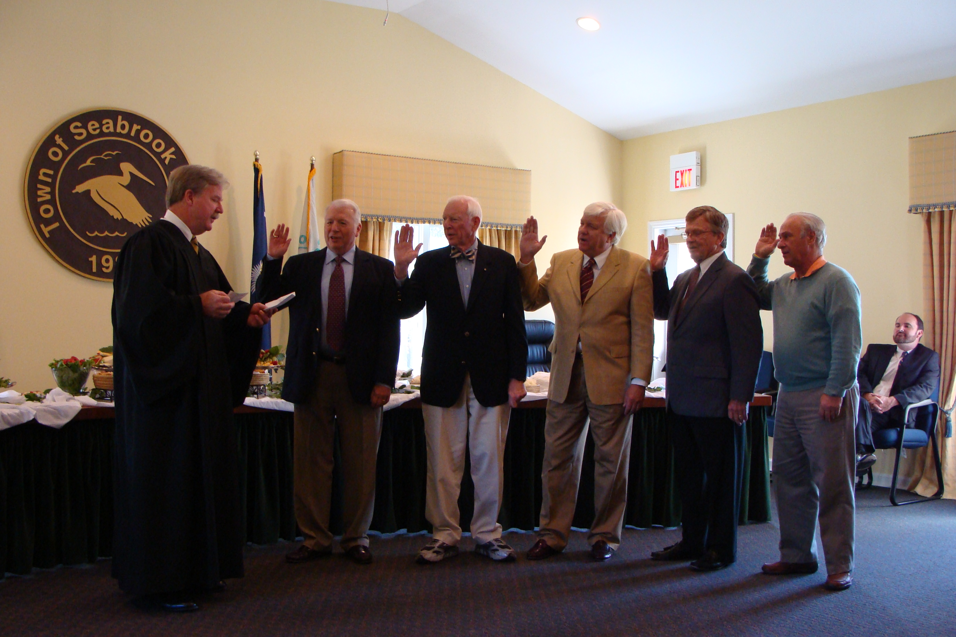 Judge O'Neil swears in the new Seabrook Island Town Council.
