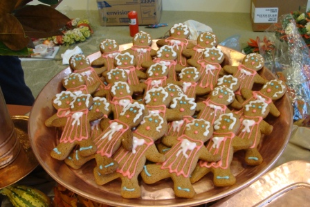Delicious gingerbread women made by Hamby Catering.