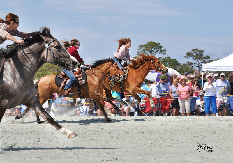 Spectators can see their favorite competitors thunder down the Kiawah beach.