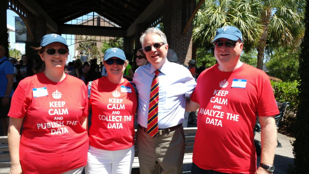Mayor Tecklenburg with science supporters